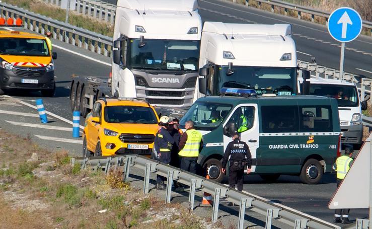 Escenario del accidente mortal en la A-92 en Granada