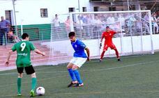 El CD Huétor Vega da la talla ante los cocos de Tercera División