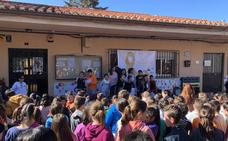 Los escolares de Huétor Vega, sensibilizados con el cáncer infantil