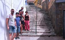 IU de Huétor Vega pide remodelar las escaleras de la calle Navarros
