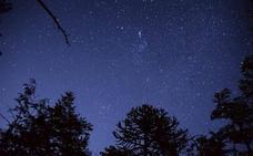 IU invita a los vecinos de Huétor Vega a contemplar las estrellas