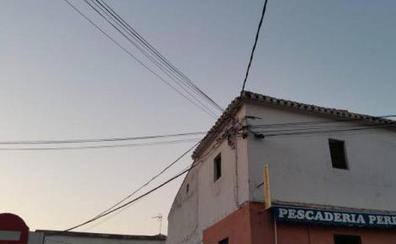 El PSOE promueve un plan para soterrar el tendido eléctrico en Huétor Vega