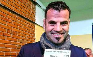 'Chus' compaginará su labor en el Ayuntamiento de Huétor Vega con el escaño en el Parlamento