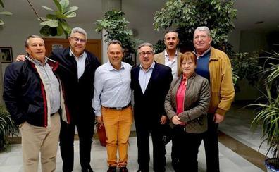 Unidad de España y redes sociales: el PP traza en Huétor Vega su estrategia electoral