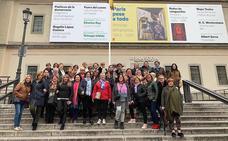 Medio centenar de vecinas de Huétor Vega recorren el Madrid «feminista»