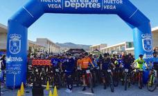 Más de un centenar de corredores participan en la Carrera de Fondo MTB Las Lindes de Huétor Vega