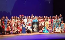 Los escolares de Huétor Vega arrasan con su 'Aladdin'