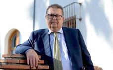 José Manuel Gómez (Vox Huétor Vega): «Ofrezco algo más que política pura y dura»
