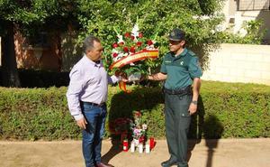 Emotivo homenaje en Huétor Vega a José Manuel Arcos, el guardia civil asesinado hace un año