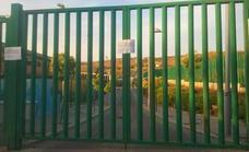 IU exige la apertura de la piscina cubierta de Huétor Vega