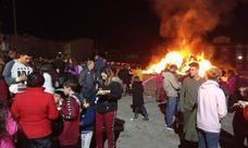 Las Gabias celebra la Fiesta de la Calendaria con patatas asadas y vino dulce
