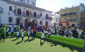 Las Gabias acoge el Torneo Nacional de Fútbol 3 en la plaza del Ayuntamiento