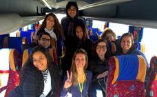 Cuatro familias de La Zubia acogen a estudiantes brasileñas