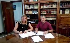 El programa de inserción laboral de la Junta de Andalucía da trabajo a 50 vecinos de La Zubia