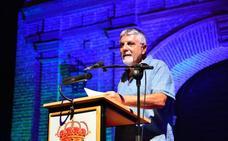 Versos pacíficos en el arranque del festival 'Poesía en el Laurel'