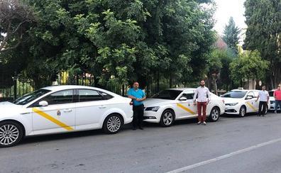 Los taxistas de La Zubia tendrán un teléfono único