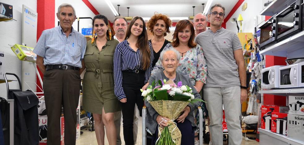 La 'abuela' de La Zubia vive «como una reina»