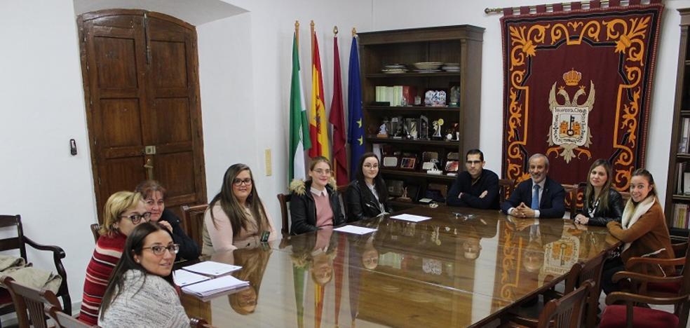 El Ayuntamiento de Vera incorpora a cuatro empleadas gracias a los Planes de Empleo