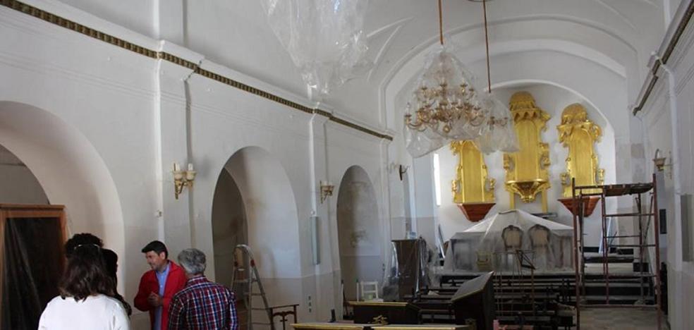 Los vecinos de Goñar colaboran en la rehabilitación de la Iglesia de manera desinteresada