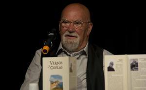 'Versos y Coplas', presentado un libro que nace para ser cantado