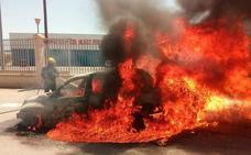 Arde un coche entre Vera y Antas