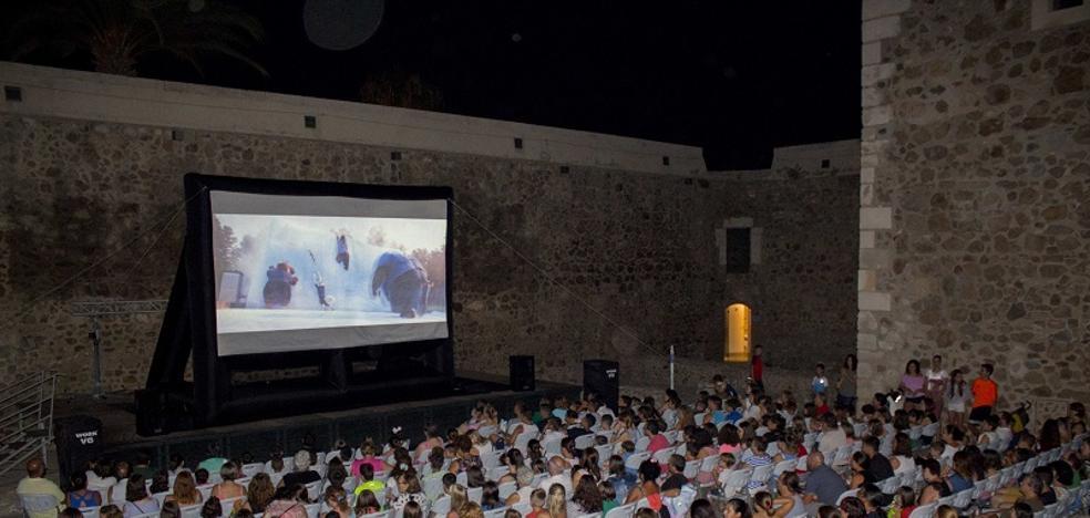 Carboneras presenta el calendario de las noches de cine en verano