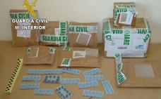La Guardia Civil intercepta casi 3.000 pastillas de falsa viagra india sin control sanitario