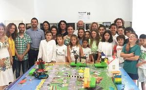 El colegio Juan XXIII de Los Gallardos crea una calle inteligente a través de Guadalinfo