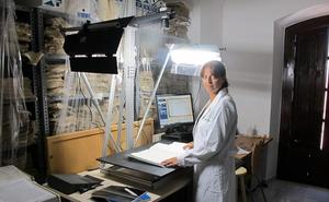Vera digitaliza sus fondos históricos desde el año 1600 hasta el 1700