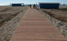 Instalan pasarelas de hormigón que mejoran el acceso a la orilla