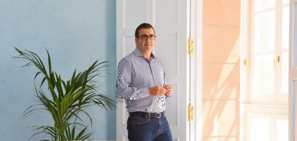 El alcalde de Carboneras se entrevistará con los vecinos en sus domicilios