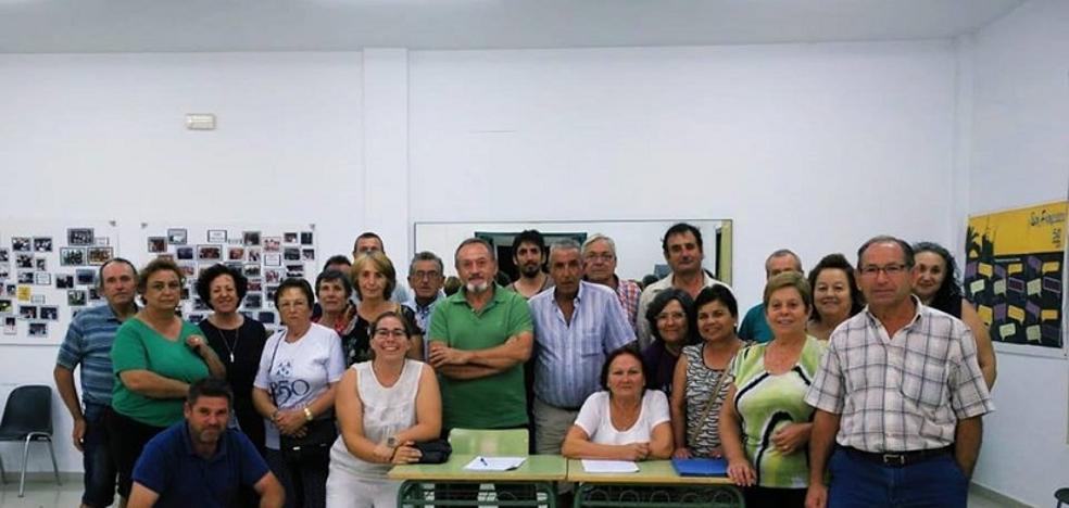 Los vecinos de Gacía forman la asociación Pueblos Unidos contra las Macrogranjas