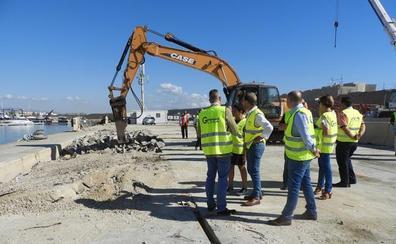Comienzan las obras de reparación para consolidar el dique de abrigo en el puerto de Garrucha