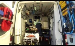 Heridas cuatro personas, una de ellas menor, en una colisión entre dos vehículos en Pulpí