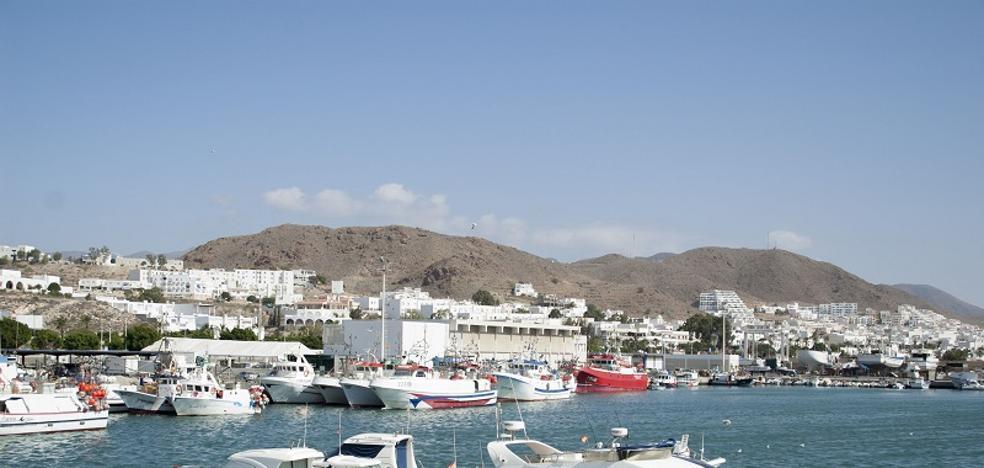 Sacan a licitación el proyecto de reordenación del puerto de Carboneras