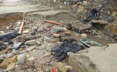 La playa de Garrucha, destrozada tras la tromba de agua