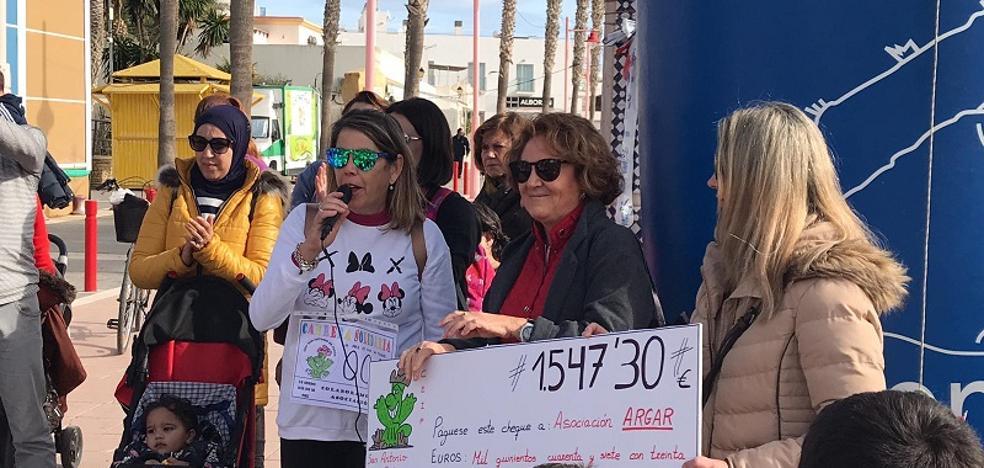 El colegio público San Antonio de Padua dona más de 1.500 euros a la Asociación Argar