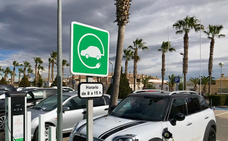 Instalan un punto de recarga para vehículos eléctricos en La Inmaculada