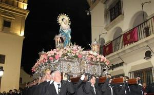 Huércal-Overa apuesta por realzar el encanto de sus calles en Semana Santa