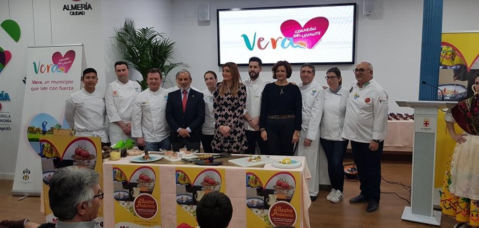 Los chefs de Gastro Andalucía rinden homenaje a Almería 2019 con una tapa