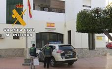 Detienen a cinco hombres y un menor por robos en viviendas en el Levante