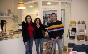 Carboneras lanza una campaña para ser un referente del turismo con mascotas