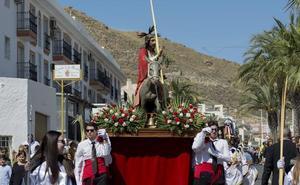La Borriquita y María Santísima de la Angustias inician la Semana de Pasión en Carboneras