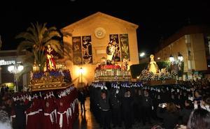 El Paso Morao de Pulpí procesiona en la noche del Jueves Santo
