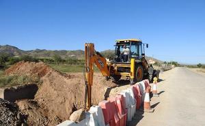 Comienzan las obras para adecuar 14 kilómetros de carretera en Huércal-Overa
