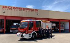 Los Bomberos del Levante ya disponen de un nuevo camión para sus actuaciones