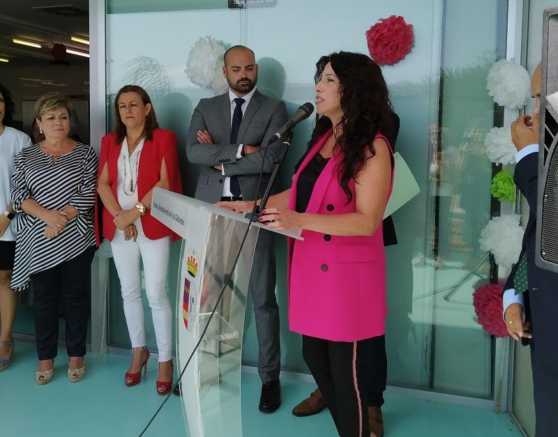 Rocío Ruiz comprometida a aumentar el número de plazas del Centro de Día de Los Gallardos