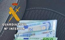 Detenida en Vera acusada de sustraer 10.000 euros del interior de la vivienda de una amiga