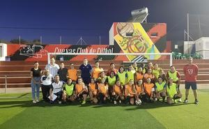Fútbol once femenino es una de las nuevas apuestas deportivas de Cuevas