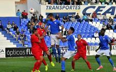 Chomfli pasará por quirófano y Josema renueva por dos temporada en Linares